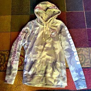 Hollister Hooded Sweatshirt- size medium